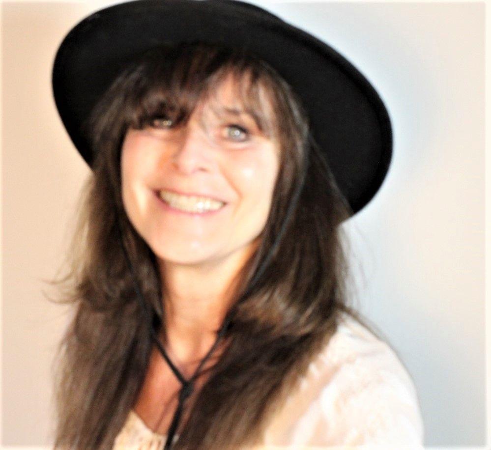 Darlene  Winfield